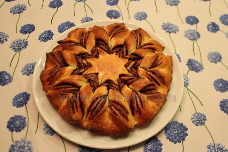 Dolce Stella Di Natale Ingredienti.Le Ricette Di Nonna Ida Stella Di Brioche Alla Nutella